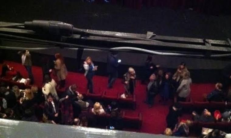 Συνέβη χθες: Δείτε πόσο στοργικός είναι ο Λιάγκας με την εγκυμονούσα Σκορδά στο θέατρο (Nassos blog)