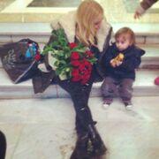 Δούκισσα Νομικού: Ο νέος άντρας που της «έκλεψε την καρδιά»! Της έδωσε λουλούδια! (φωτό)