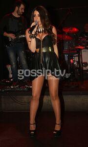 Χριστίνα Μήλιου: Από σεμνή στο «The Voice» σέξι σε πίστα