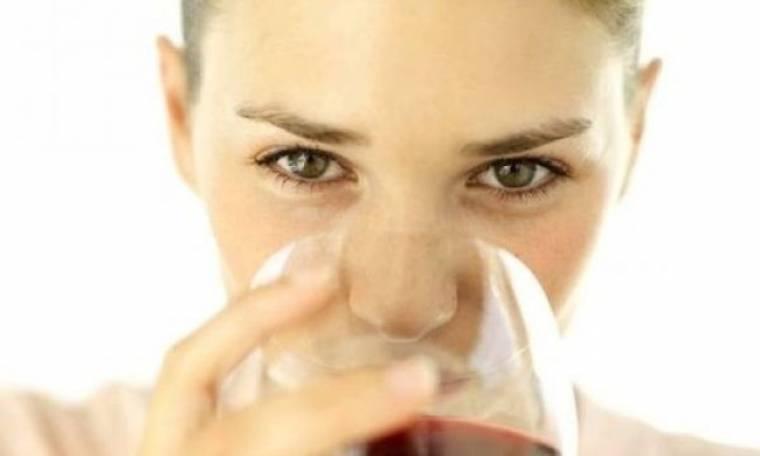 Μήπως για την αλλεργία σας φταίει… το κόκκινο κρασί;