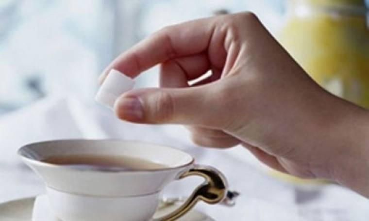 Ζάχαρη: Πώς θα την μειώσετε στην καθημερινότητά σας