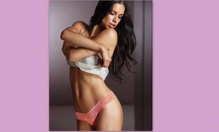 «Κολάζει» η Andrianna Lima στη νέα σέξι φωτογράφησή της!