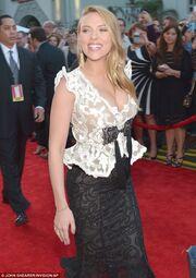 Scarlett Johansson: Η πρώτη επίσημη εμφάνιση μετά την ανακοίνωση της εγκυμοσύνης της! (φωτό)