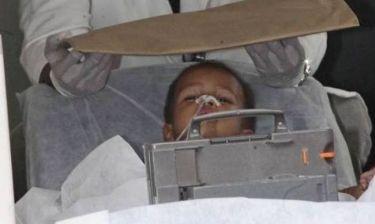 Θείος ανάγκασε τον 2χρονο ανιψιό του να καταπιεί 30 βελόνες