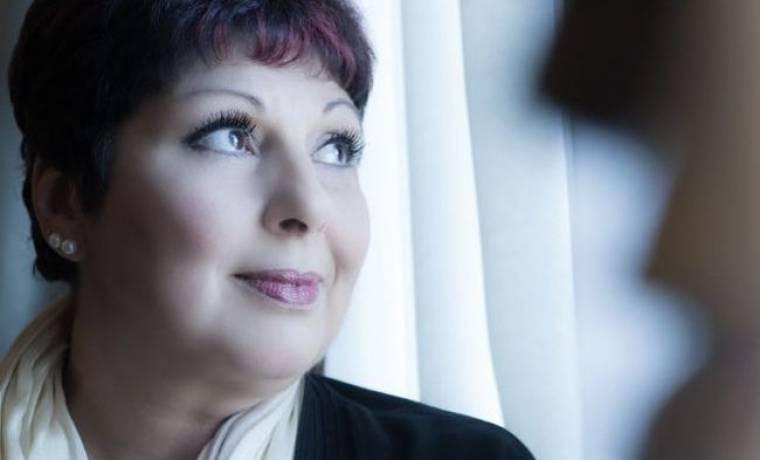 Λένα Μαντά: «Το θάνατο τον σκέφτηκα απ' την πρώτη στιγμή που άκουσα τη λέξη καρκίνος»