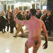 Ένα «πτώμα» ανέβασε τη θερμοκρασία στο Φεστιβάλ Σύγχρονης Ανεξάρτητης Βαλκανικής Σκηνής