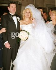 Flashback: Γάμος Μενεγάκη-Λάτσιου το 2001- Όταν τίποτα δεν προμήνυε τον σημερινό πόλεμό τους!