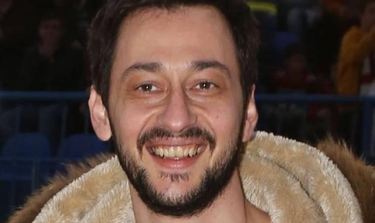 Πάνος Καλίδης: «Τα πρώτα μου χρήματα τα έπαιξα στο Χρηματιστήριο, τα έχασα και ξεκίνησα από την αρχή»