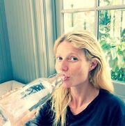 Gwyneth Paltrow: «Ανέβασε» φωτογραφία στο instagram που είναι αμακιγιάριστη στο σπίτι της