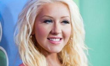 Δείτε πρώτη φορά την Aguilera μετά την ανακοίνωση της εγκυμοσύνης της χωρίς... κοιλιά!