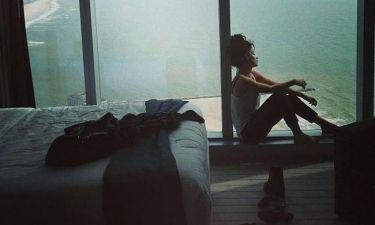 Ελένη Φουρέιρα: Απολαμβάνει την απίστευτη θέα από το δωμάτιό της