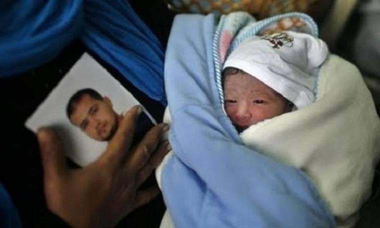 Η φυλακή δεν στάθηκε εμπόδιο! Πήρε το σπέρμα του κρατούμενου άντρα της και γέννησε το παιδί τους!