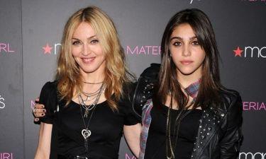 Σπάνια φωτό! Η Madonna πριν πολλά πολλά χρόνια με την κόρη της στο πιάνο!
