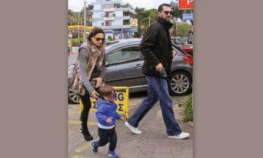 Καμηλά-Στογιάκοβιτς: Βόλτα με τον γιο τους Μάξιμο