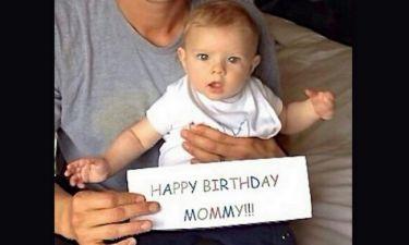 Τα πιο γλυκά «Χρόνια πολλά» του γιου στη διάσημη μαμά του!