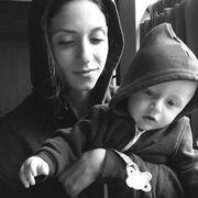 Η selfie φωτογραφία της Σοφίας Καρβέλα με τον γιο της