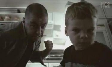 Συγκλονιστικό βίντεο: Όταν τα παιδιά μιμούνται τους γονείς!
