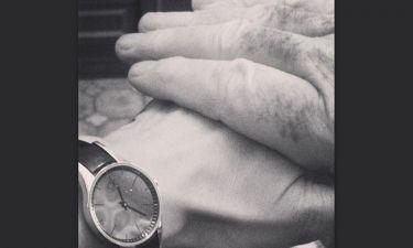 Το χάδι από τον μπαμπά και η συγκινητική ανάρτηση στο instagram