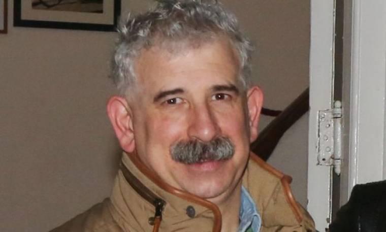 Πέτρος Φιλιππίδης: «Η απουσία του Σάκη μεγαλώνει με τον χρόνο»
