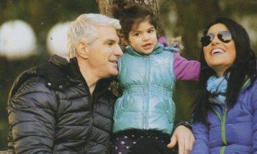Μάνος Πίντζης: Με τις γυναίκες του βόλτα στο πάρκο!