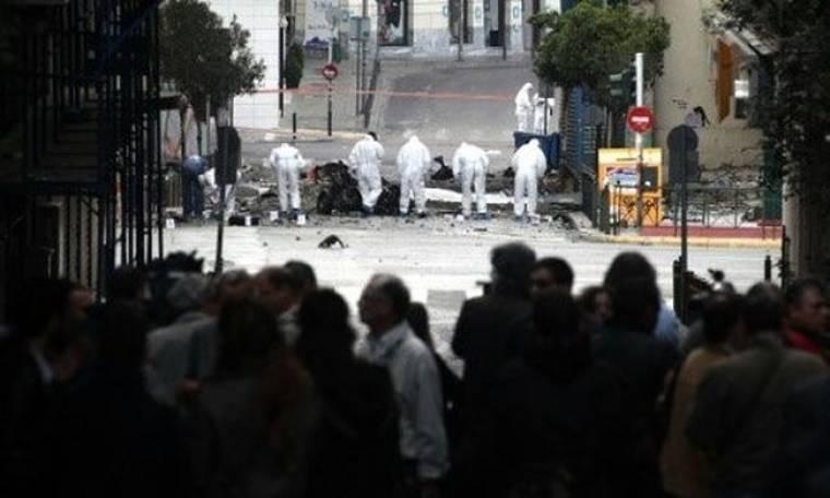 Γνωστός Έλληνας πετάχτηκε από το κρεβάτι του με την έκρηξη στο κέντρο της Αθήνας