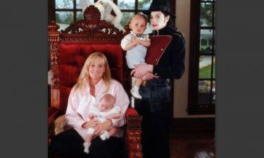 Την κηδεμονία των παιδιών της ζητάει η πρώην γυναίκα του Μάικλ Τζάκσον
