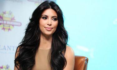 Πώς είναι η Kim Kardashian χωρίς extensions;