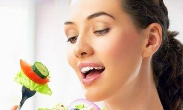 Έχεις στρες; Οι 4 τροφές που θα σε χαλαρώσουν