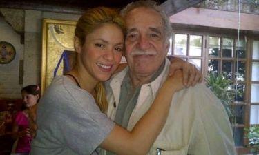 H Σακίρα αποχαιρετά τον Γκαμπριέλ Γκαρσία Μάρκες