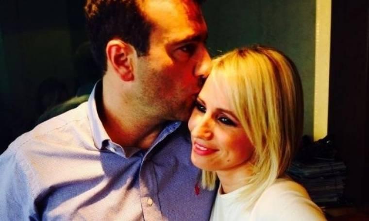 Παρουσιάστρια του Δελτίου του Star σε πασχαλινές selfie με τον έρωτά της! (Nassos blog)
