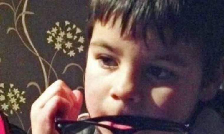 Τραγικό: Πάνω στο παιχνίδι έκαψαν ζωντανό ένα 7χρονο αγοράκι
