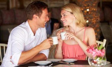 """Σε πόσα λεπτά """"κρίνεται"""" η τύχη του πρώτου ραντεβού;"""