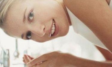 5 λάθη που κάνετε όταν καθαρίζετε το πρόσωπό σας!