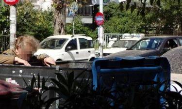 Ελλάδα 2014: Ψάχνοντας στα σκουπίδια...(pic)