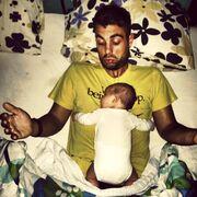Η τρυφερή φωτογραφία του Έλληνα παρουσιαστή με τον γιο του