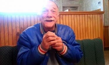 Η κόρη του, του είπε πως θα γίνει παππούς και τον είδαν 10 εκ άνθρωποι!