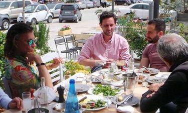 Ηλίας Ψινάκης: Για ούζο με φίλους στην Νέα Μάκρη
