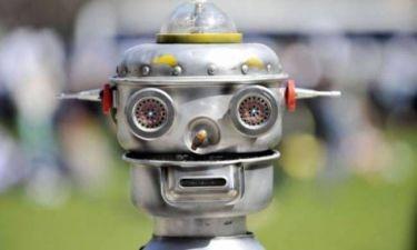Πόσοι θα έκαναν σεξ με ένα ρομπότ;