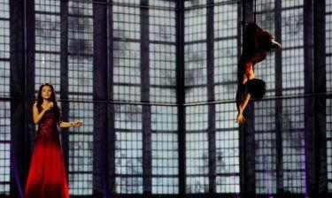 Eurovision 2014: Αζερμπαϊτζάν: Με ακροβατικά και χορεύτρια κρεμασμένη σκηνή!