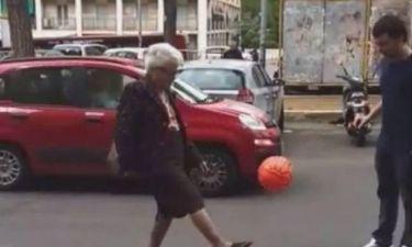 Η γιαγιά... Φραντσέσκο Τότι (vid)