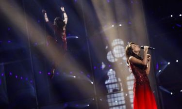 Eurovision 2014: Αζερμπαϊτζάν: Στα κόκκινα και με ακροβατικά