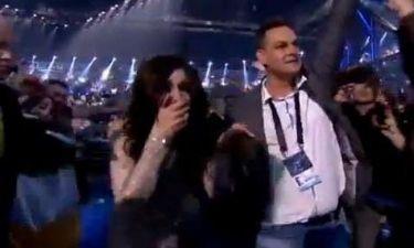 Eurovision 2014: Υποβασταζόμενη ανέβηκε στη σκηνή η αμφιλεγόμενη Conchita!