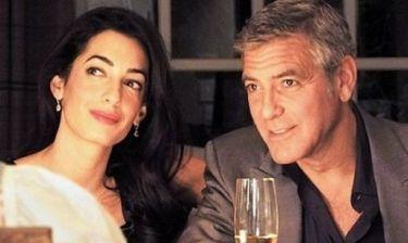 Μάθαμε πώς «έριξε» ο George Clooney την Amal: Τον είχαμε για πιο ευφάνταστο!