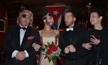 Αυτό είναι το βίντεο από τον γάμο της εκκεντρικής Conchita