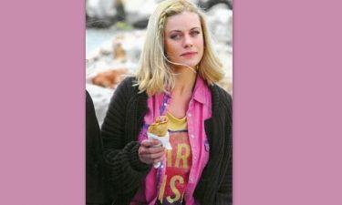 Κι όμως η Ζέτα τρώει πιτόγυρο!