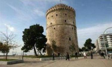 Σάλος στη Θεσσαλονίκη: Ζευγάρι έκανε σεξ μπροστά στον Λευκό Πύργο; (vid)