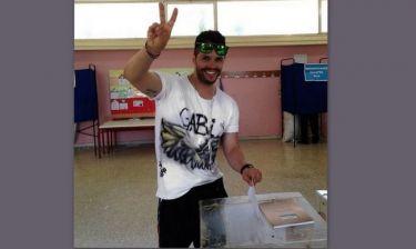 Εκλογές 2014: Γιώργος Τσαλίκης: Μια πόζα μπροστά στην κάλπη!