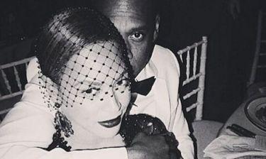 Ποιο ασανσέρ; Beyonce & Jay Z κυκλοφορούν νέο σκανδαλώδες βίντεο και «ρίχνουν» το ίντερνετ