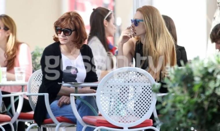 Στέλλα Δημητρίου: Βόλτα με την μητέρα της!