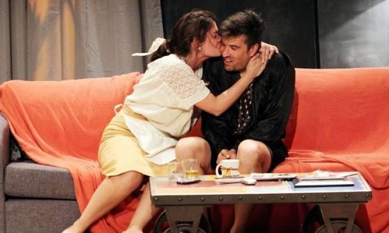 Mαρία Κορινθίου: «Oτιδήποτε και αν συμβαίνει στο θέατρο δεν το μεταφέρουμε στο σπίτι»
